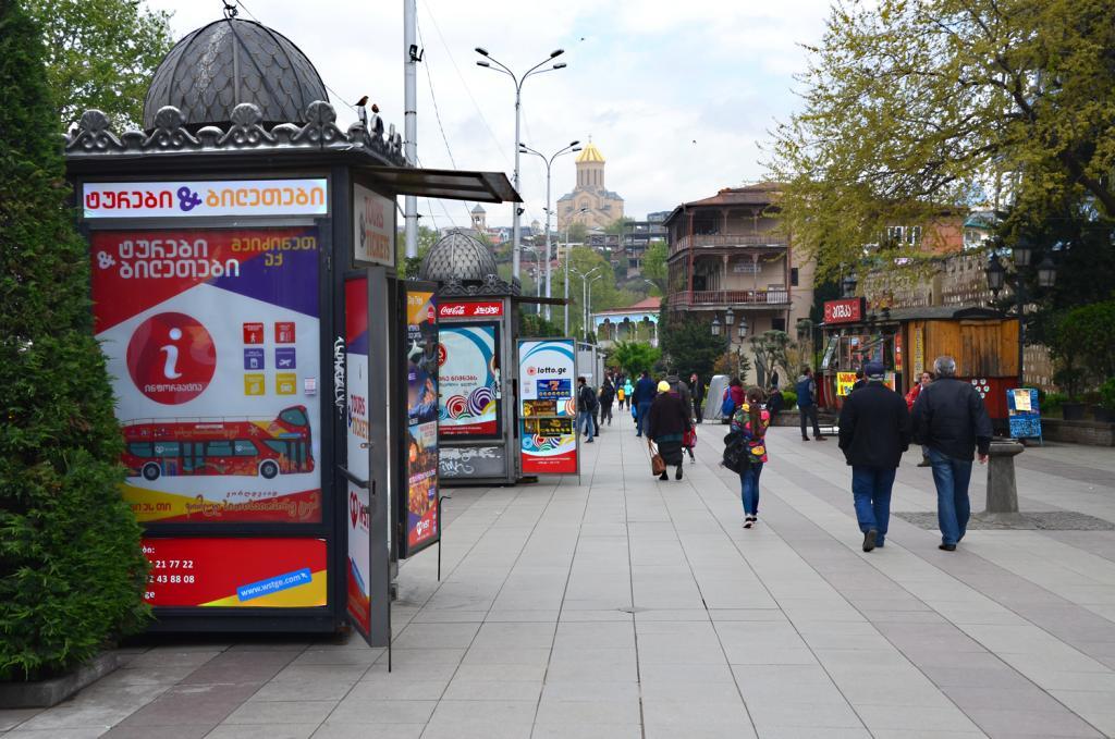 Gruzínsko - Tbilis - Ruch veľkomesta