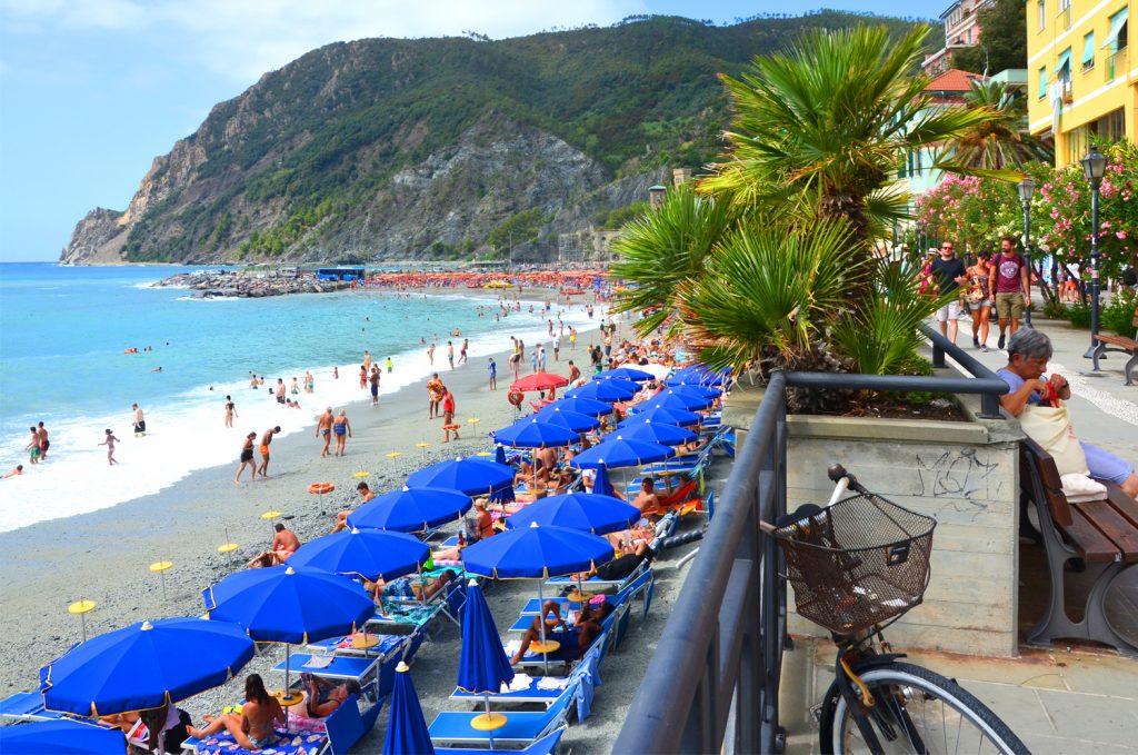 Monterosso al Mare - pláž