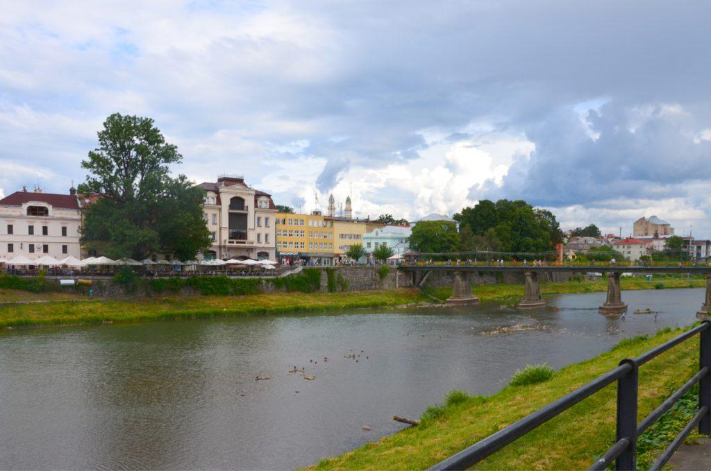 Užhorod - Prechádzka popri rieke Uh