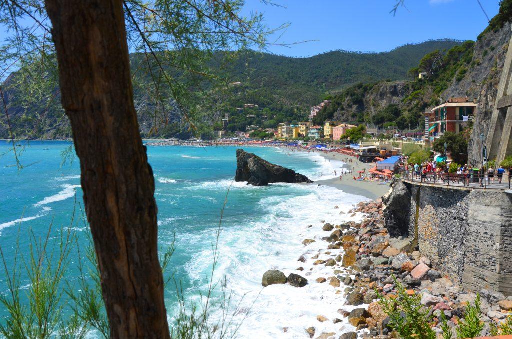 Monterosso al Mare - letná atmosféra