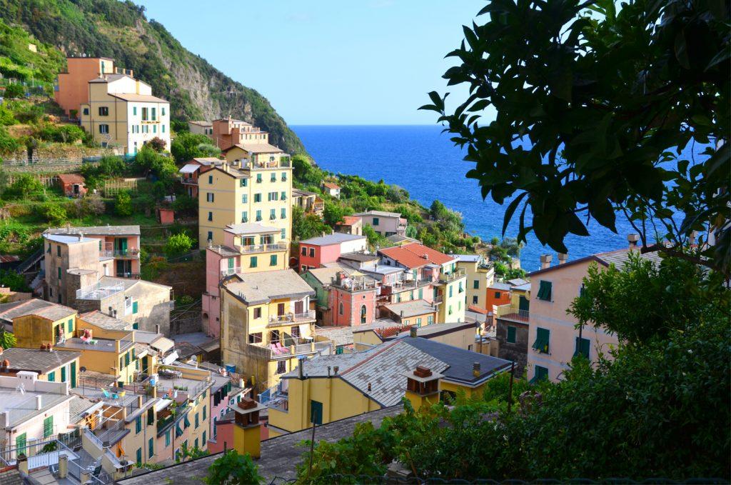 Cinque Terre - Riomaggiore - cestou dole do dediny