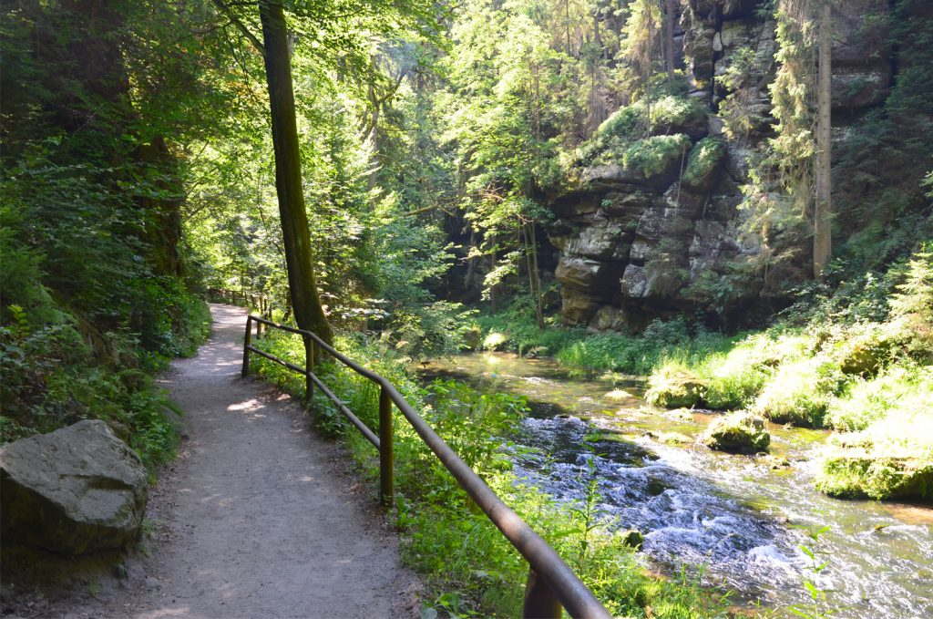České Švajčiarsko - Naozaj veľmi dobre udržiavané chodníky