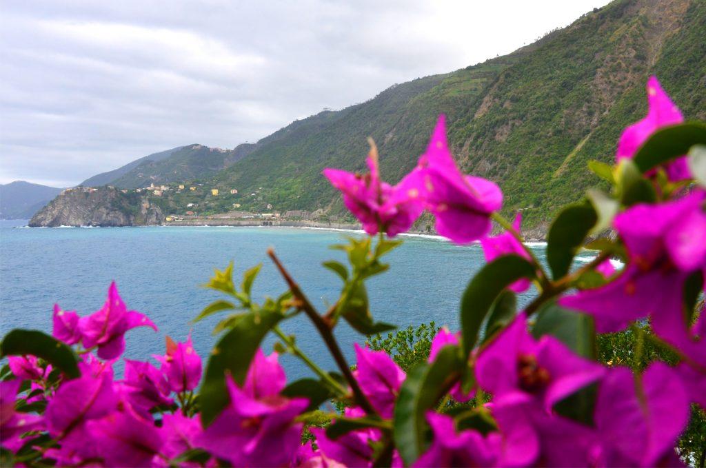 Cinque Terre - Corniglia z diaľky