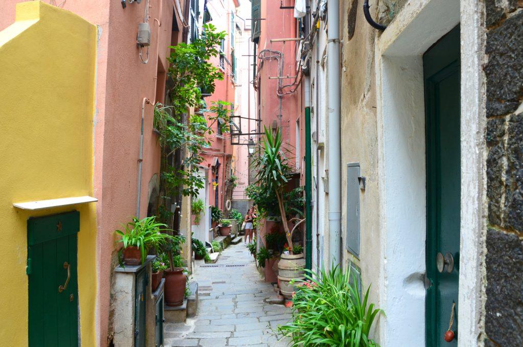 Cinque Terre - Vernazza - potulky mestom