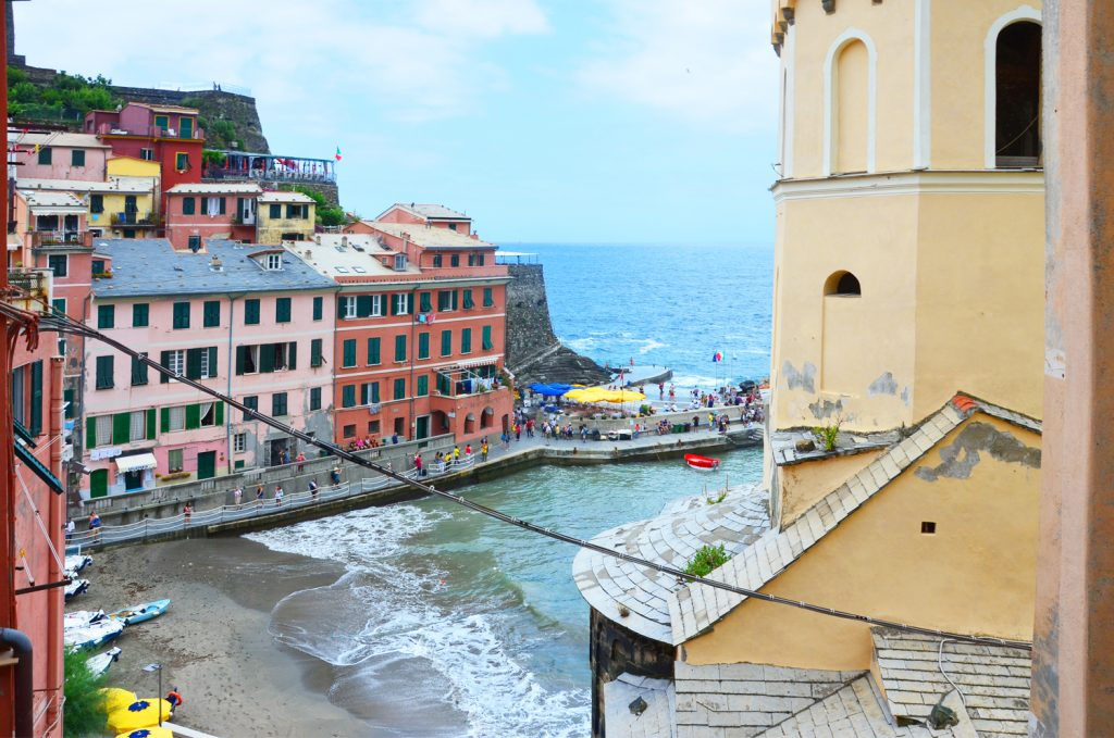 Cinque Terre - Vernazza - cesta ku kostolu