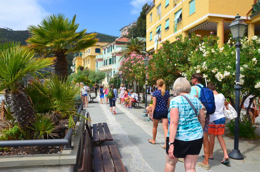 Monterosso al Mare - potulky mestom