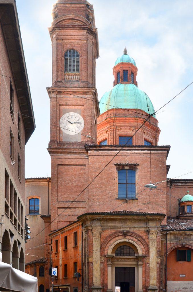 Bologna - prechádzka mestom