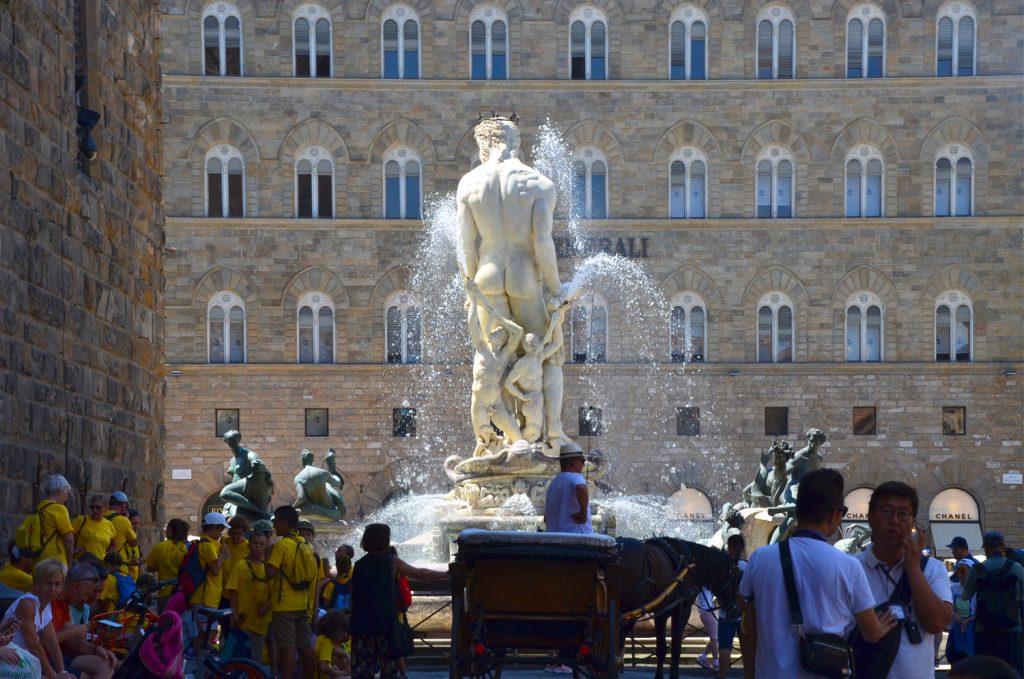 Neptunova fontána