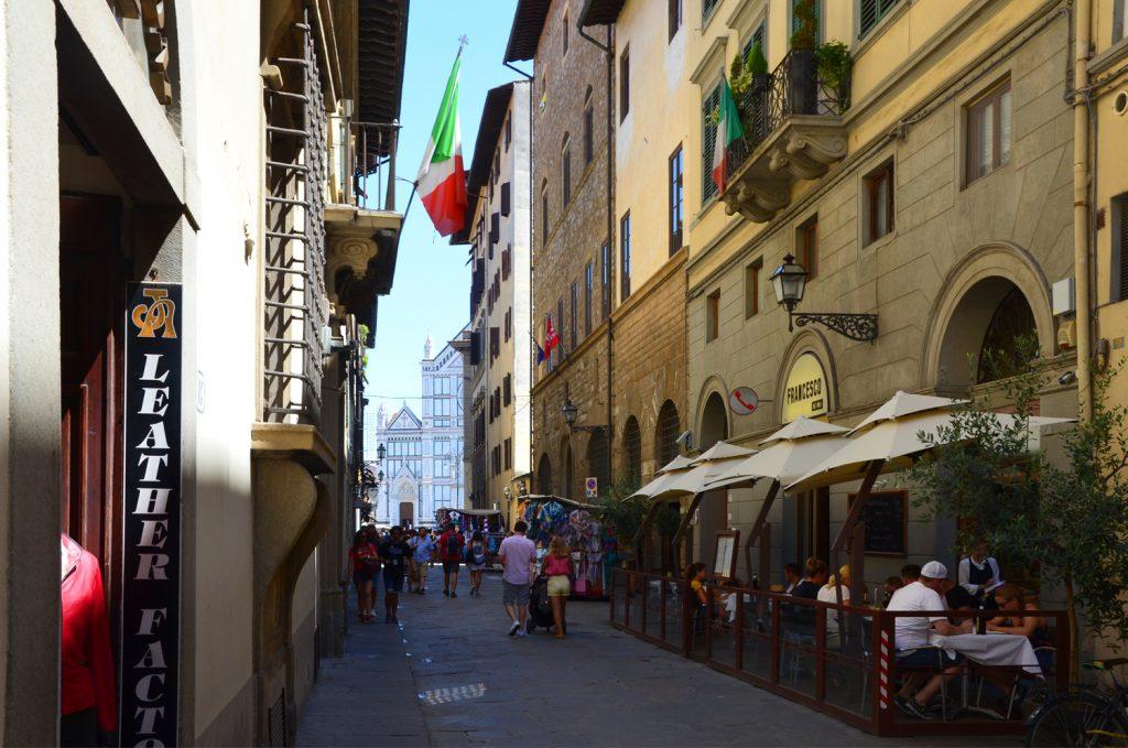 Cesta na Piazza di Sanra Croce