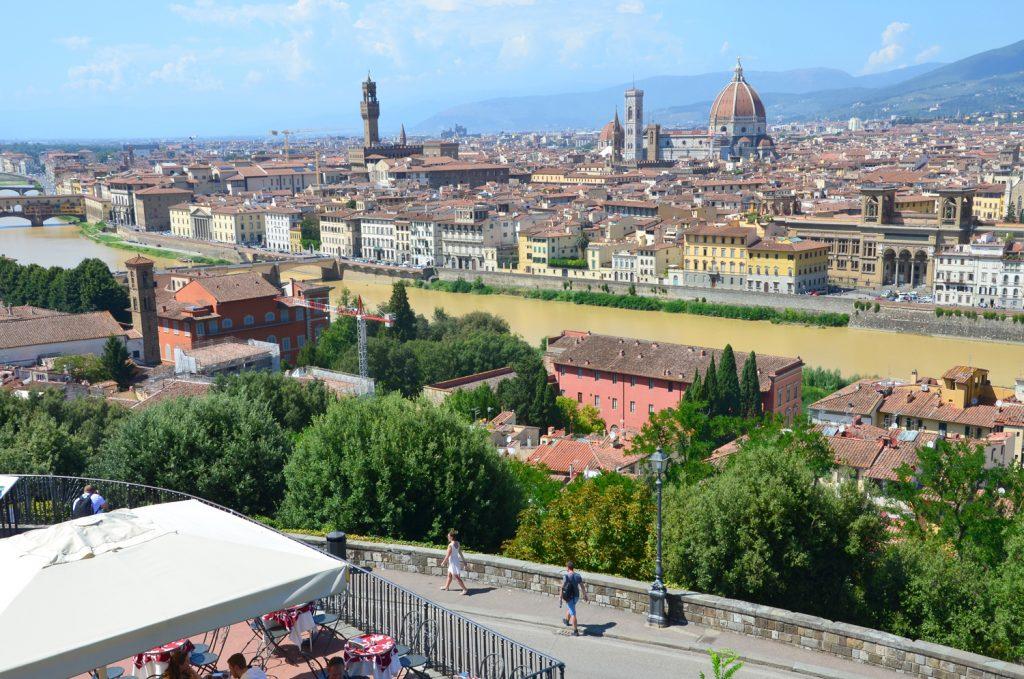 Kupola je veľkou dominantou na panoráme mesta