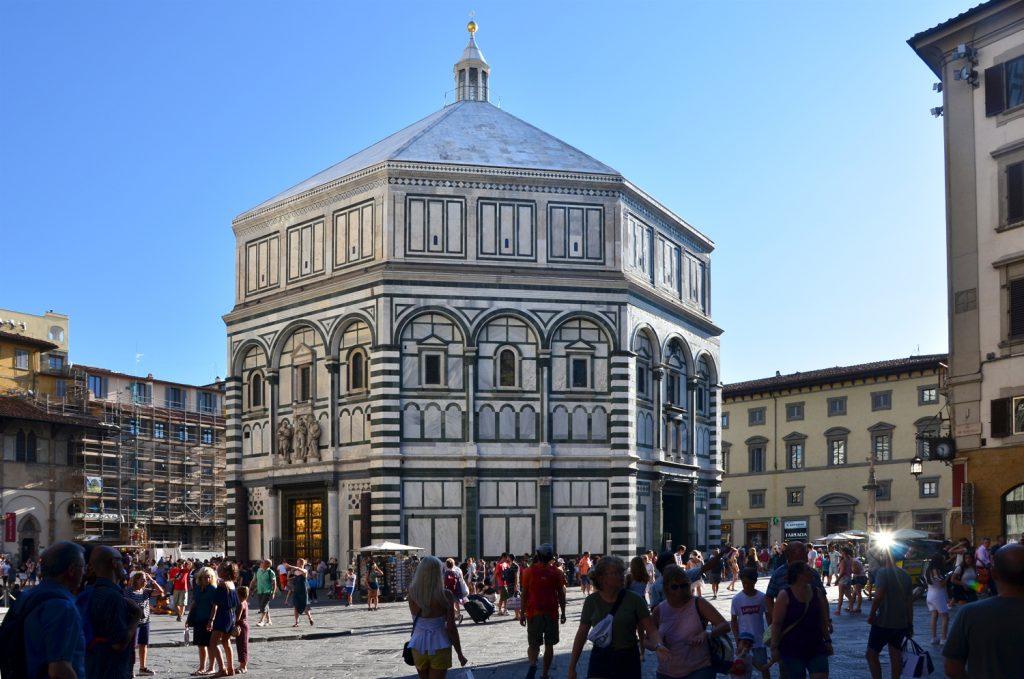 Florencia - Baptisérium kde našiel Robert Langdon Danteho masku