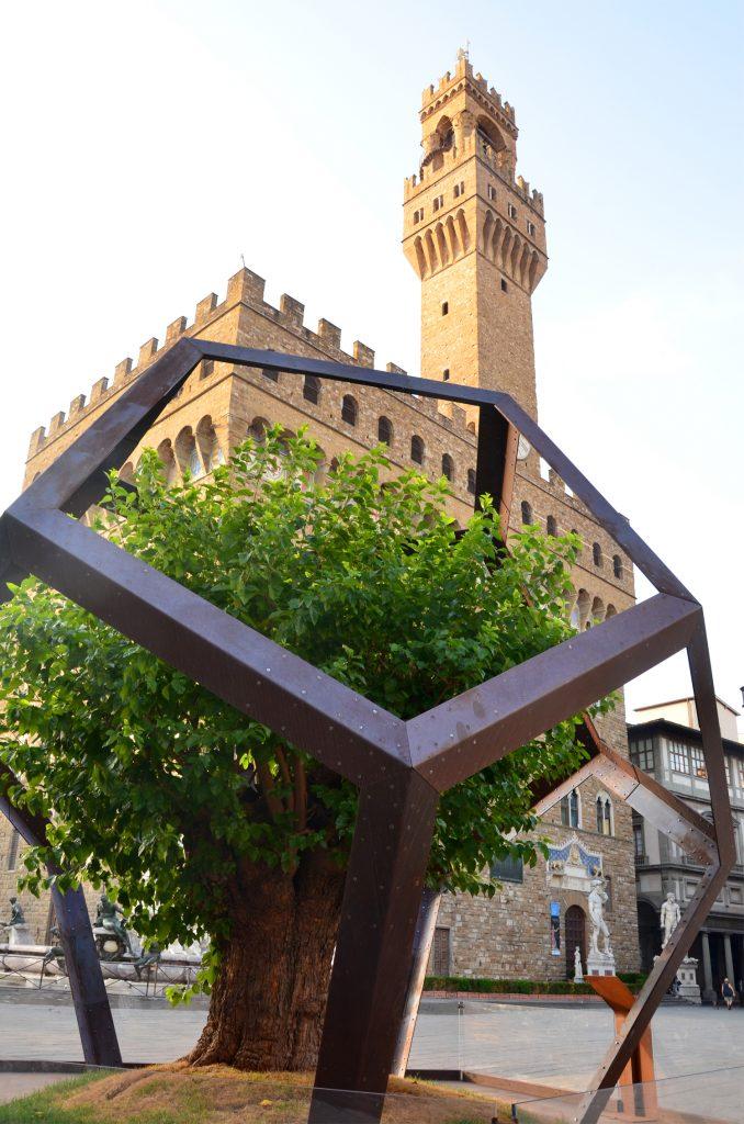 Strom a Palác Vecchio