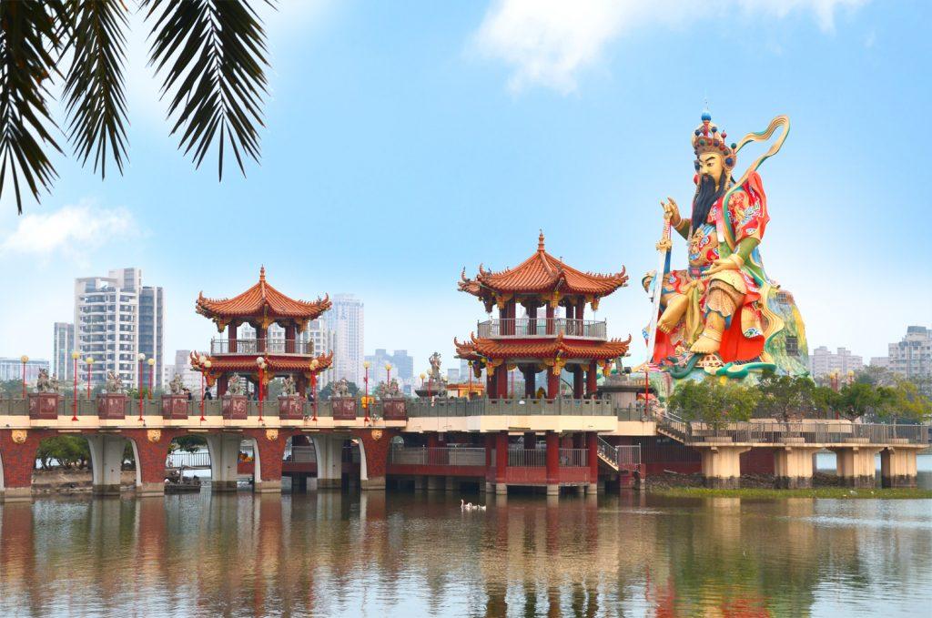 Taiwan: Čo vidieť? Kaohsiung - Pei Chi Pavilion
