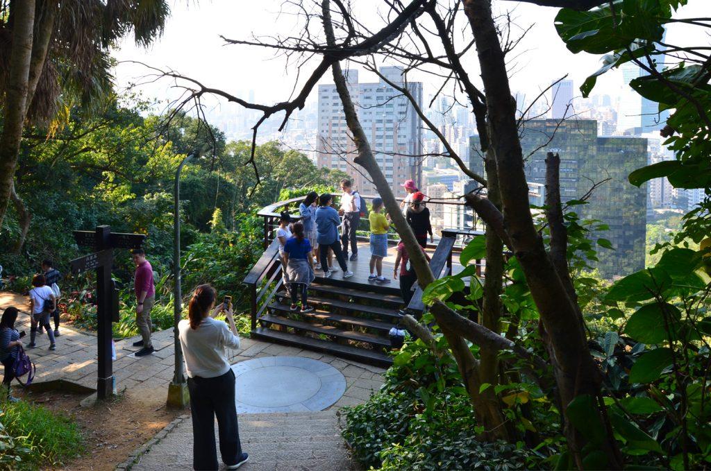 Taipei - Slonia hora