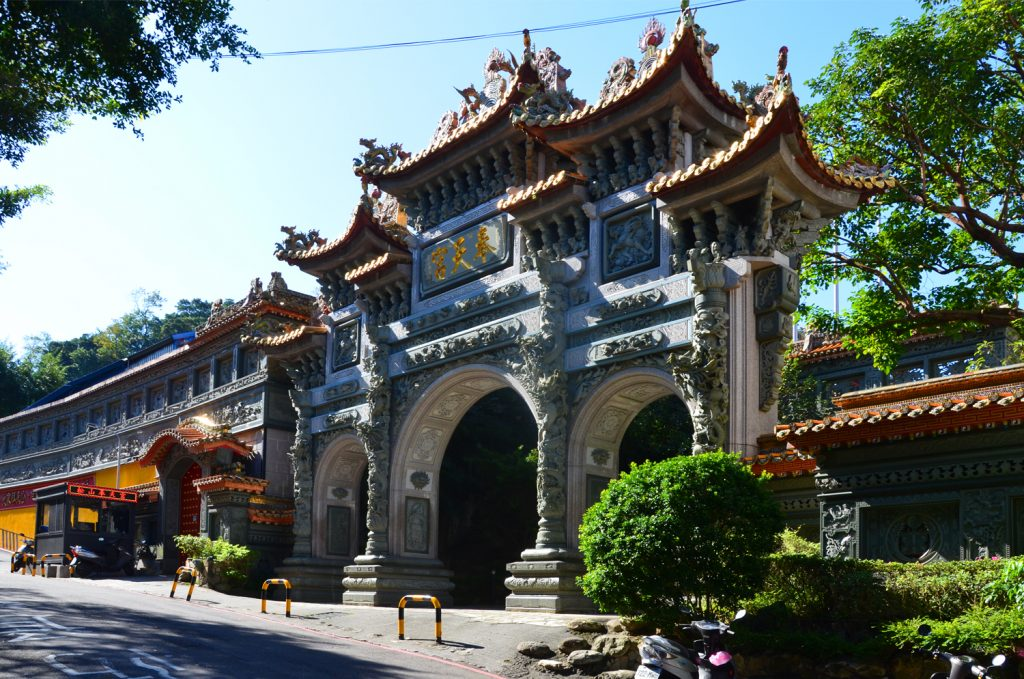 Vstup do Fengtian Temple