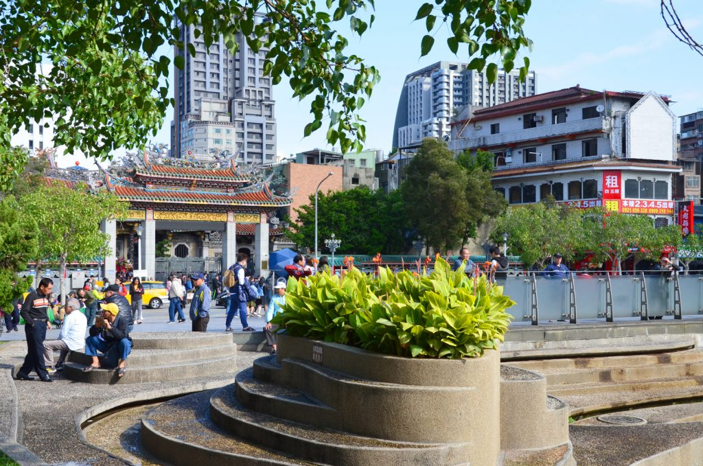 Taipei - Cesta ku Lungshan Temple