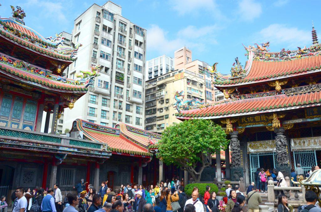 Taiwan: Čo vidieť? Taipei - Lungshan Temple