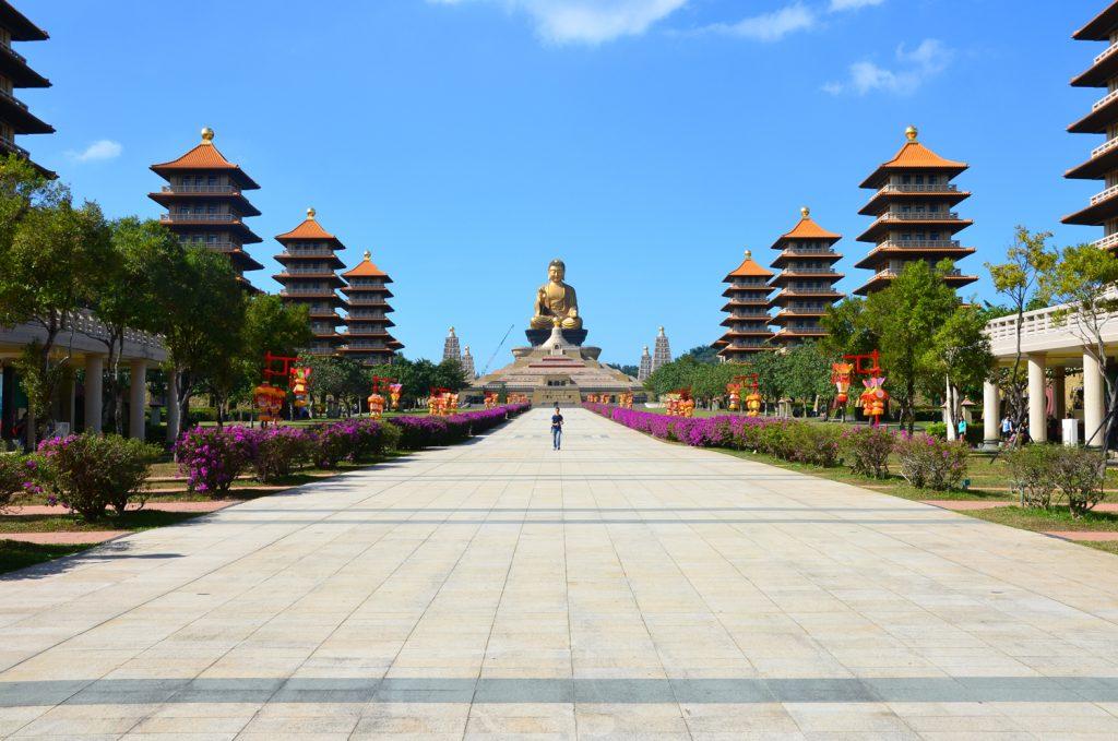 Taiwan: Čo vidieť? Fo Guang Shan - Budha v pozadí