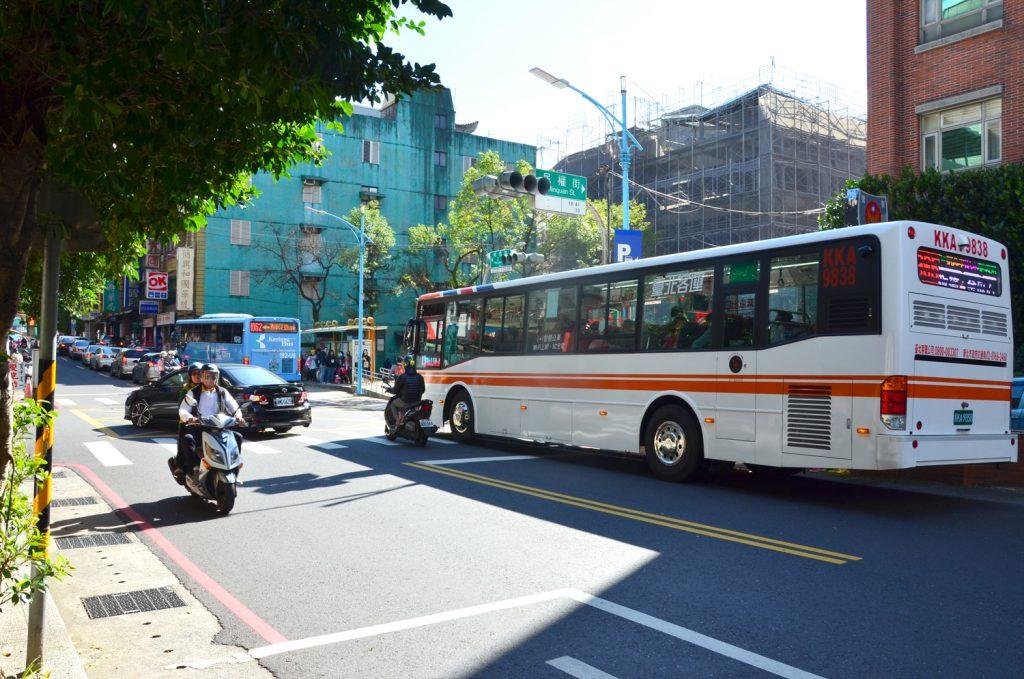 Autobus do mesta Jiufen