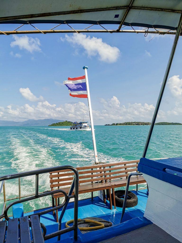 Koľko stojí dovolenka v Ázii - Trajektom na ostrov Koh Samui