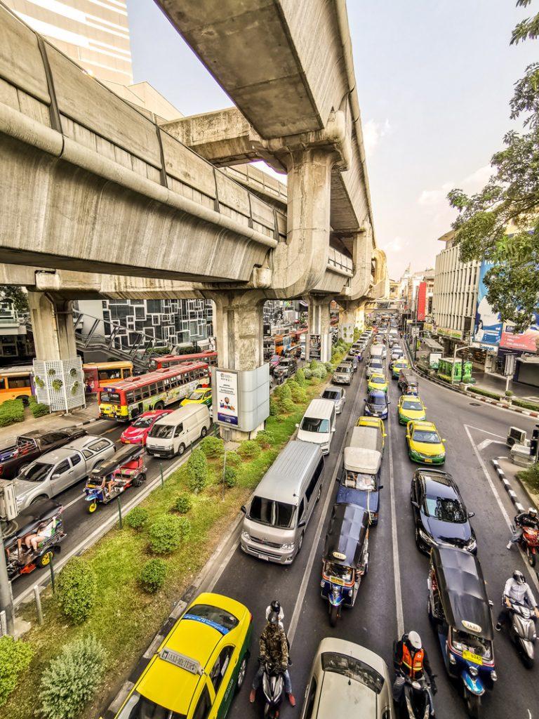 Koľko stojí dovolenka v Ázii - Typická Ázia - všade zápchy