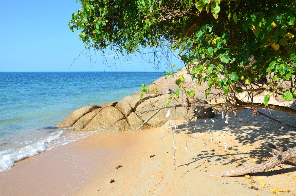 Koh Phangan - prechádzka po pláži