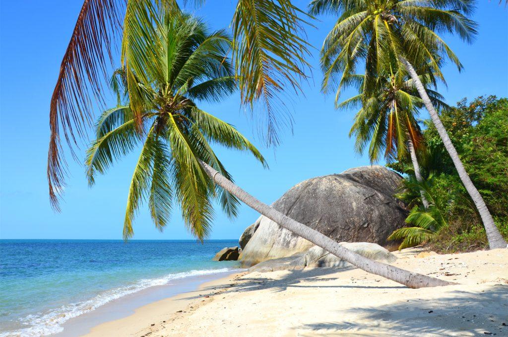 Thajsko / Koh Phangan / Na pláži ani noha!
