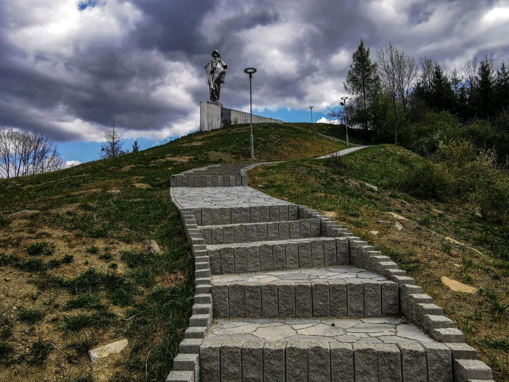 Ešte pár schodov a sme v cieli