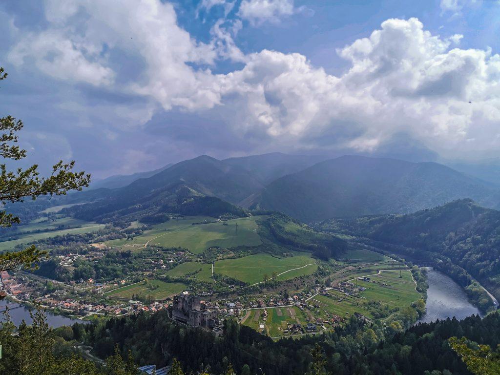 Rozhľadňa Špicák - výhľad na okolie