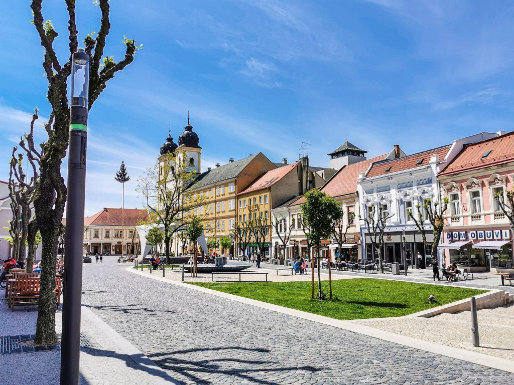 Trenčín - Mierové námestie