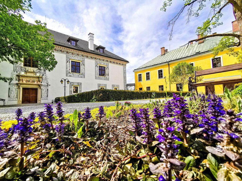 Sobášny palác Bytča - príroda sa prebúdza