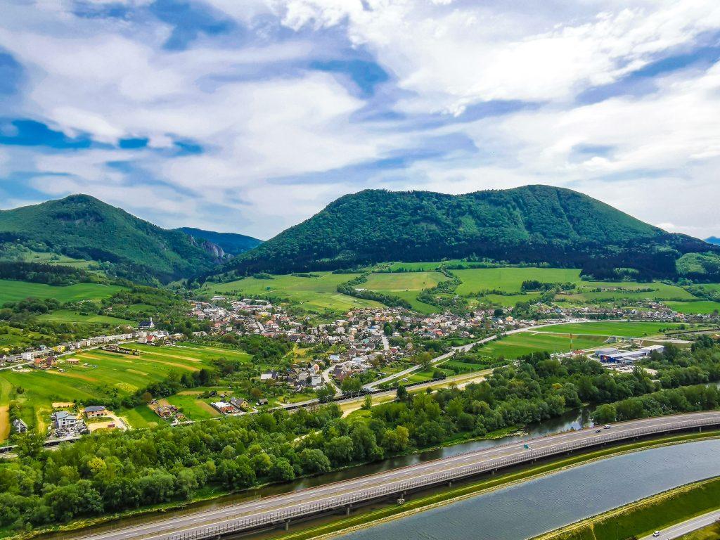 Výhľad z Hradu Bystrica