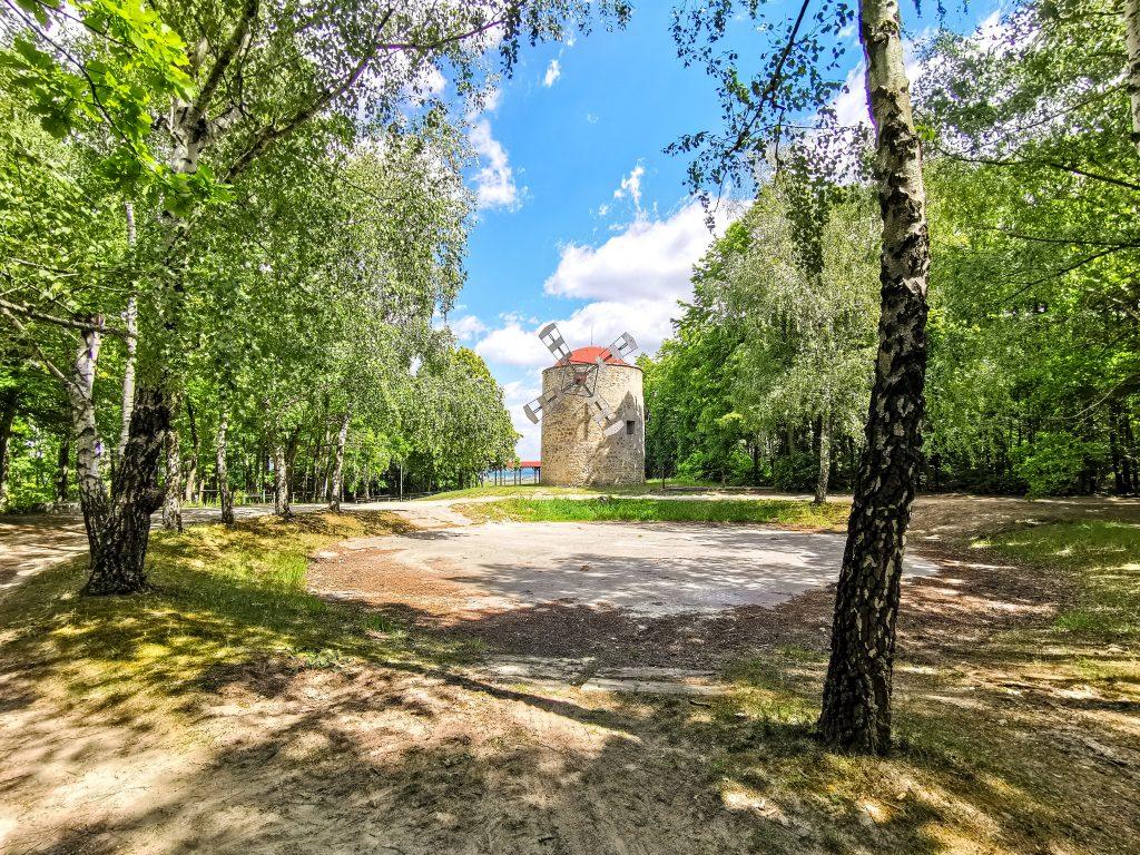Veterný mlyn Holíč: Jedná sa o jediný historický veterný mlyn na Slovensku