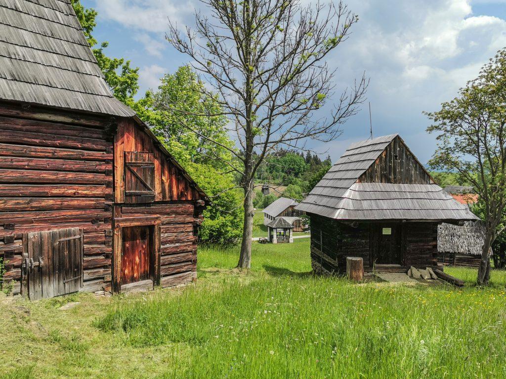 Typický pohľad na dedinu v minulosti