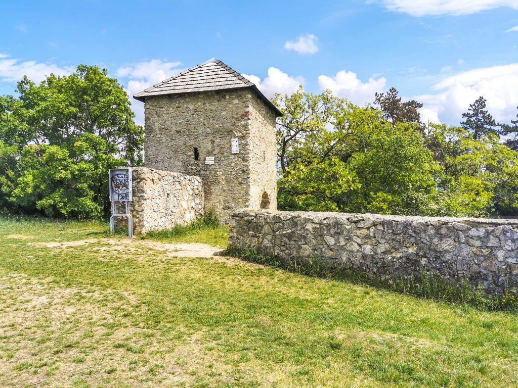 V minulosti plnil kostol v Haluziciach i obrannú úlohu
