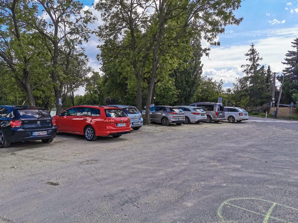 Provizórne parkovisko