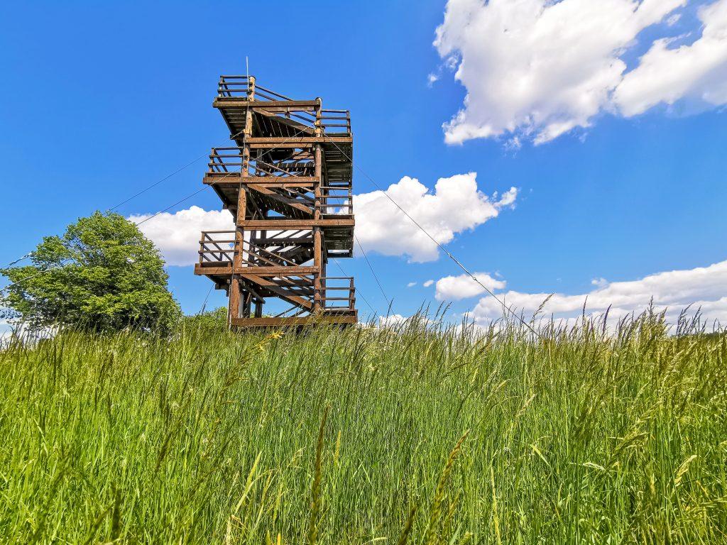 Vyhliadková veža v Turej Lúke má výšku 10m