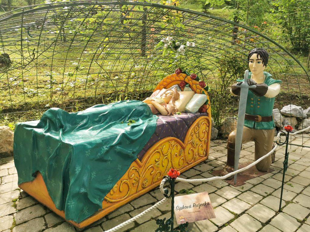 Šípková Ruženka čaká na princa