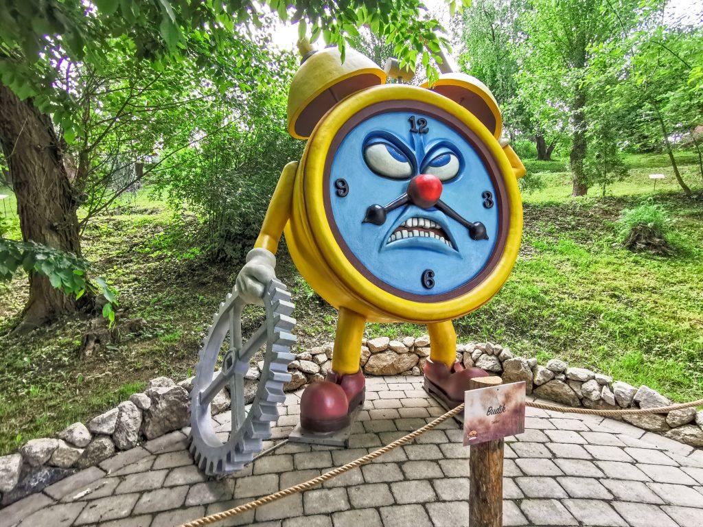 Hej budík! Koľko je hodín?