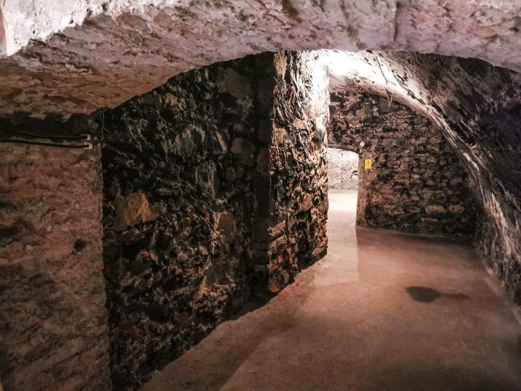 Gotické pivnice v Žiline slúžili napríklad na skladovanie piva a vína
