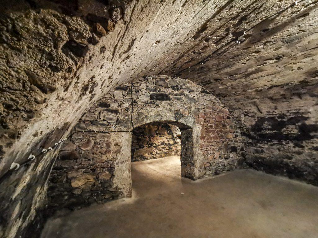 V žilinských katakombách počas 2. sv vojny ukrývali mníšky židovské deti