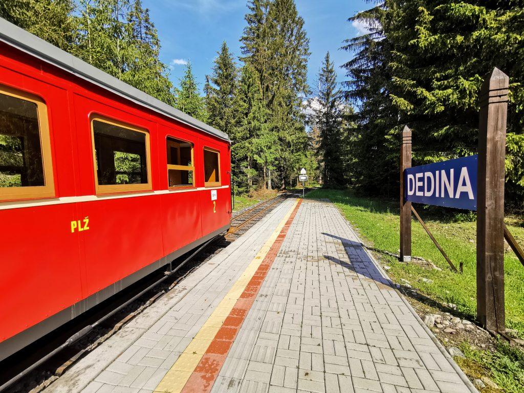 Považská lesná železnica - trať má približne 1km
