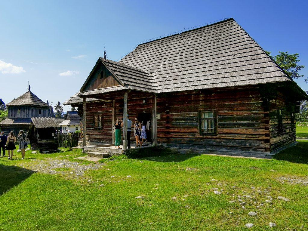 Múzeum liptovskej dediny - ZEMIANSKY DOM - KÚRIA