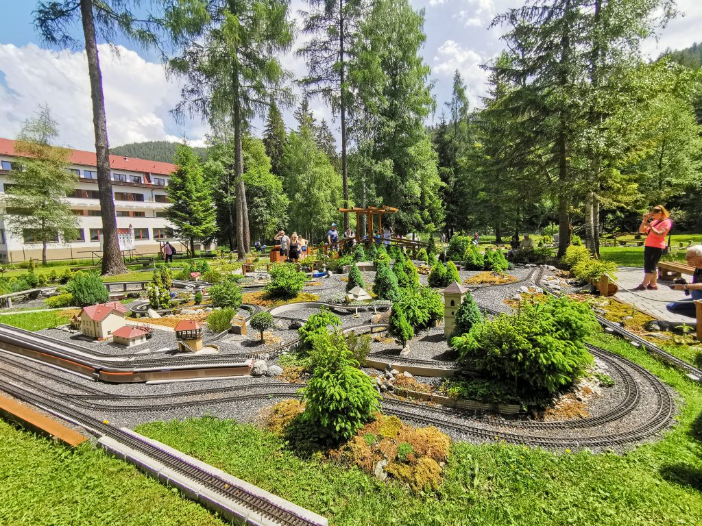 Park miniatúr Mini Slovensko - dĺžka trate je viac ako 300m