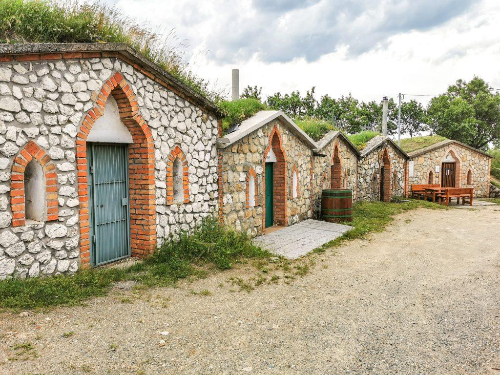 Vínne pivničky v obci Vrbice