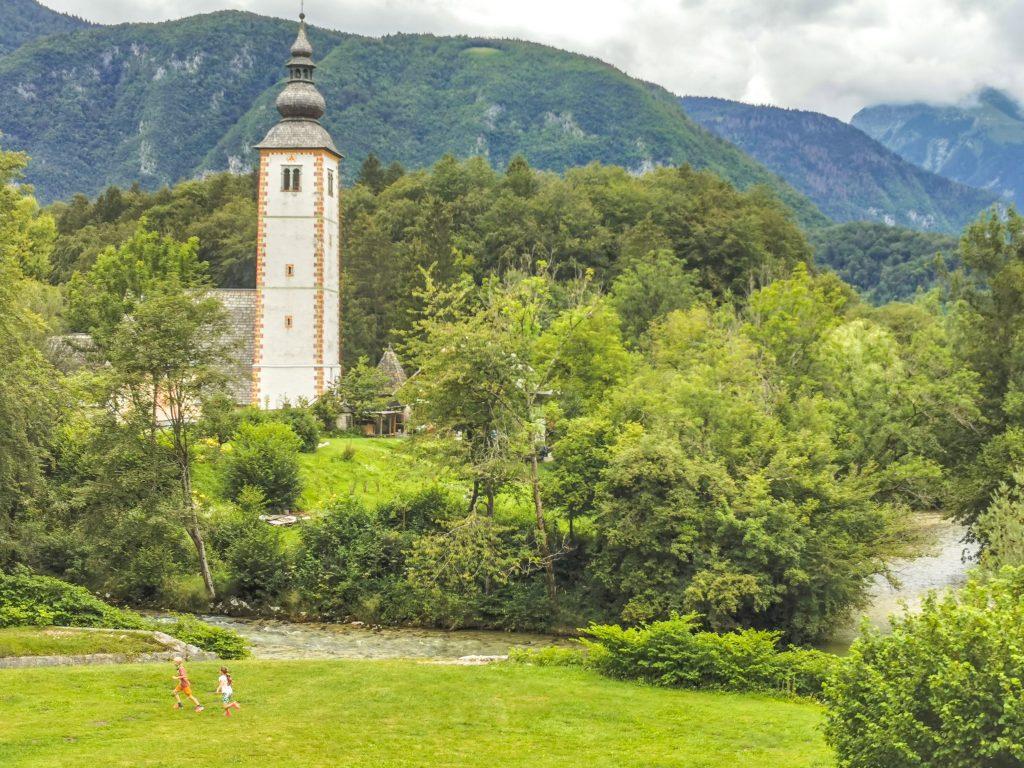 Bohinj: Kostol sv. Jána Krstiteľa s vyše 700-ročnou históriou