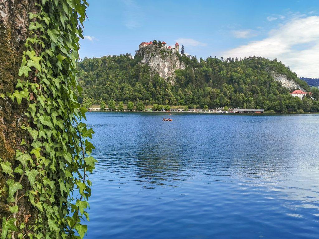 Jazero Bled - Výhľad na hrad