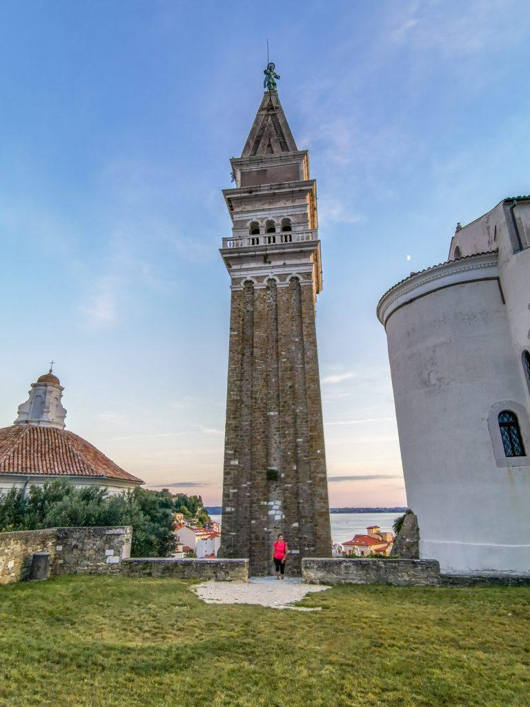 Na vrchol zvonice vedie 147 schodov