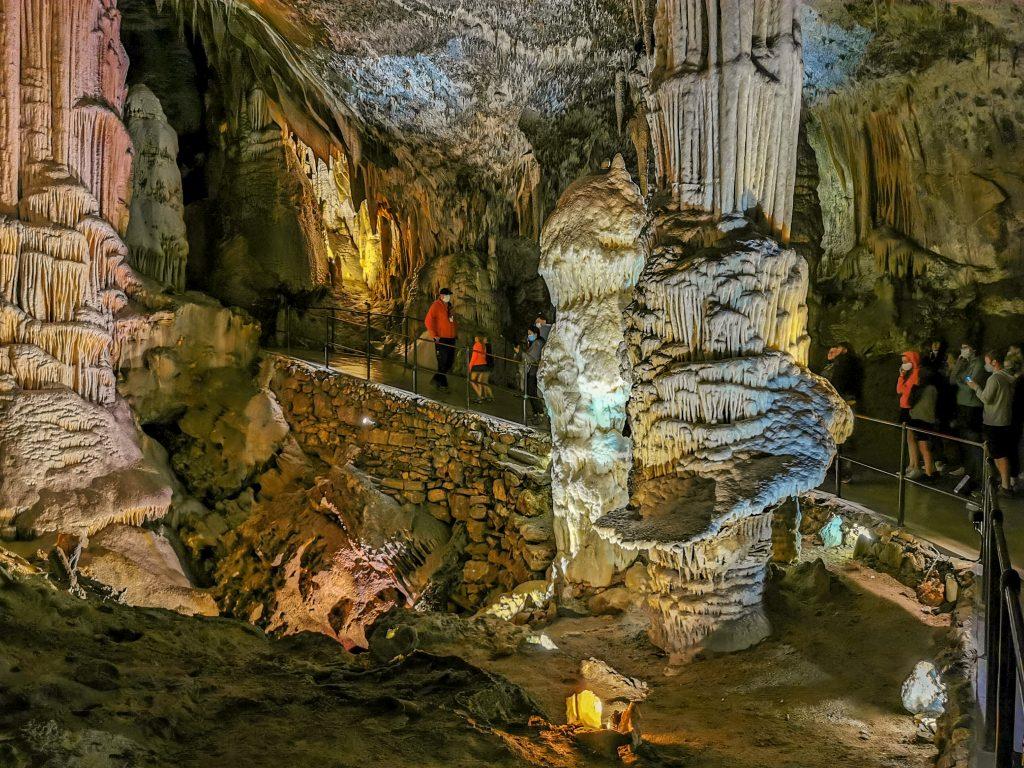 Jaskyňa Postojnska jama