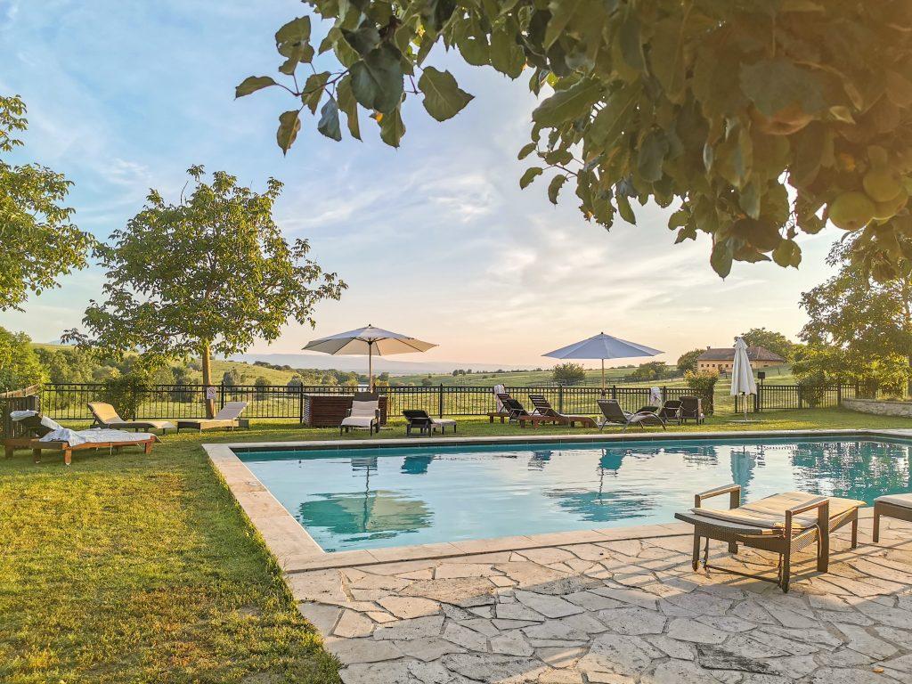 Château Belá - Skvelý vonkajší bazén